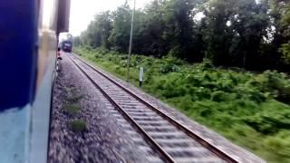 15027/Maurya and 15108/Mathura - Chhapra Express Encounter at 110 Km at GKC-KHM Section
