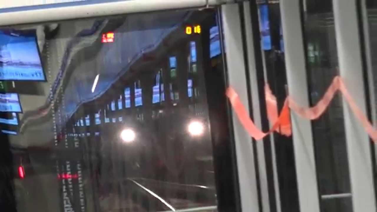 *港鐵堅尼地城站開放日 - 往堅尼地城列車駛入及駛離堅尼地城站二臺及進入調頭路軌 - YouTube