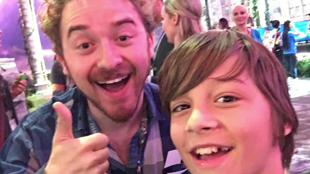 We\'Re At E3! Meeting Famous Youtubers | Kittiesmama - Kittiesmama ...