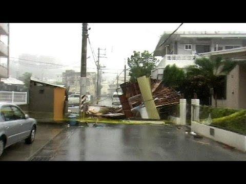 Typhoon pounds Japan's Okinawa