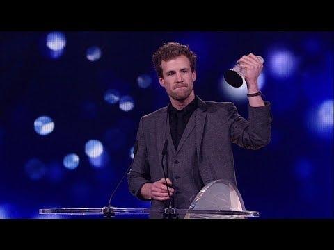 Luke Mockridge wird erfolgreichster Live-Act beim Deutschen Comedypreis - Preisverleihung - Der Deut