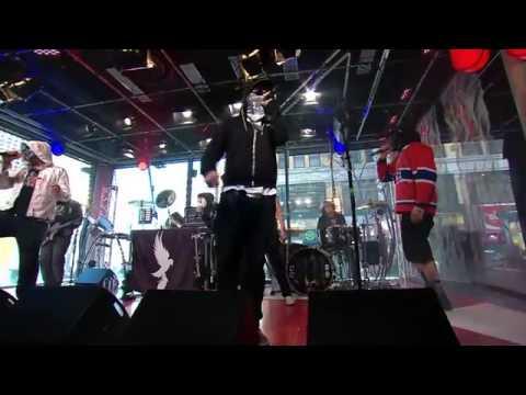 Hollywood Undead - Undead [Live at Musique Plus 2013]