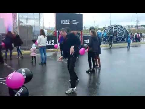 Отличный танец, открытие теле 2 в Сургуте  (TELE2)