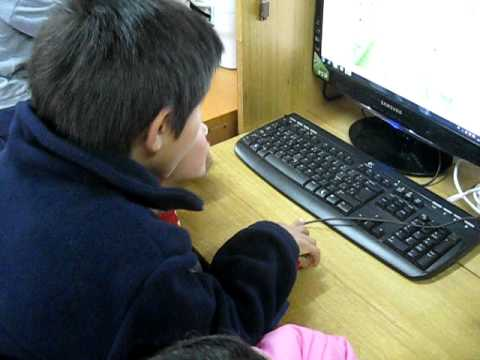 E-Learning for Kids in Los Copihues public school (Junquillos, Licanten, Chile)