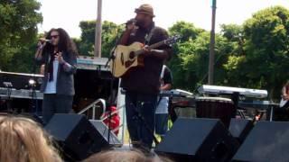Zhen featuring Sua Amy Winehouse Valerie cover  @ Monterey Reggae Fest 2011