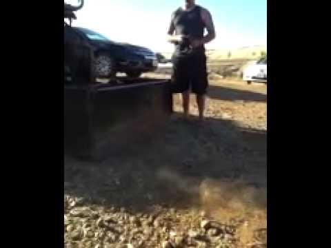 1/16 Traxxas Grave Digger Back Flips