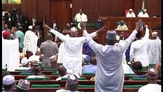 See how Buhari reacted when lawmakers booed him during budget presentation