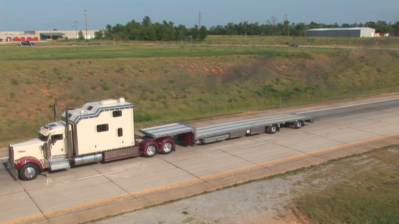 1000  images about Big Rigs, Customs, and RVs on Pinterest