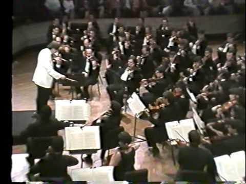 Eduardo Mata dirige La orquesta Simon Bolivar; Shubert, Mahler y Richard Strauss