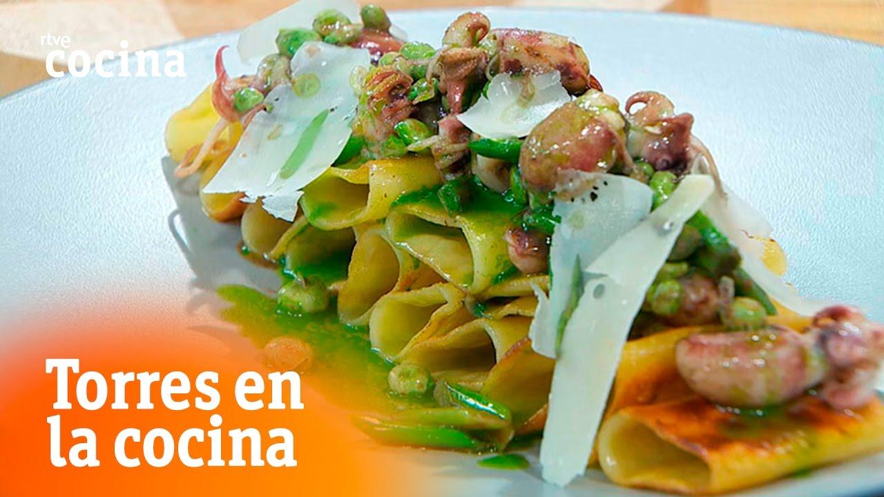 Pasta crujiente con chopitos torres en la cocina rtve for Torres en la cocina youtube