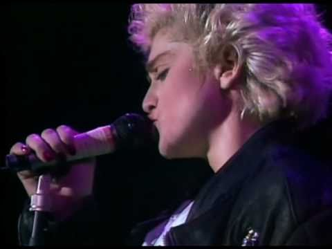 Madonna - Papa Don't Preach [Who's That Girl Tour]