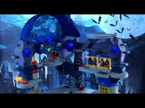 NYTF 2020 - Fisher-Price Imaginext Super Surround Batcave Playset Video Demonstration
