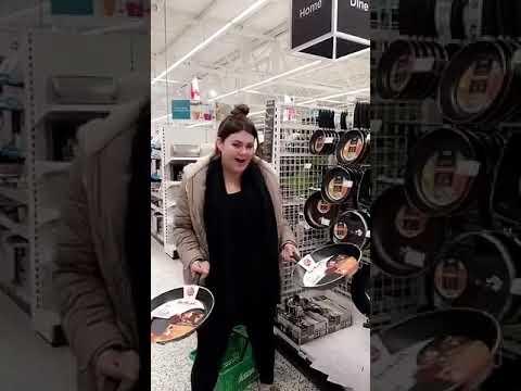 Chloe Jones - aka Melinda Dee TaylorKaynak: YouTube · Süre: 2 dakika19 saniye