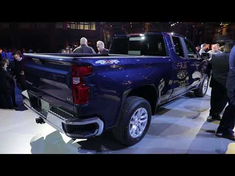 Chevrolet Silverado reveal kicks off 2018 Detroit auto show