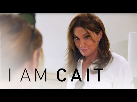 I Am Cait  Cait Wears a Bathing Suit for the First Time  E!