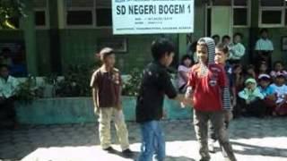 Coboy Junior Ea Ea Ea SDN BOGEM 1