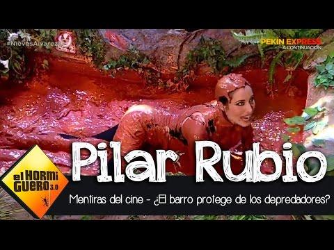 Pilar Rubio se baña en barro para protegerse de los depredadores - El Hormiguero 3.0