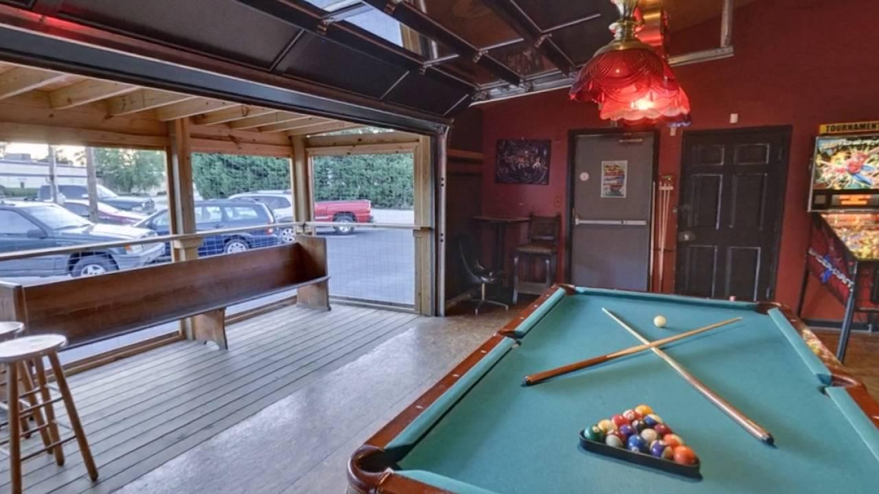 Gottrocks | Greenville, SC | Lounge
