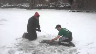 World Record Ice fishing Carp! Caught by Andrew Plumridge