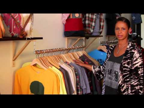 How to Decorate a Consignment Fashion Boutique : Fashion Design