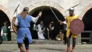 Video Arma Antica - duello di spada e scudo - Gorizia download MP3, 3GP, MP4, WEBM, AVI, FLV Agustus 2018