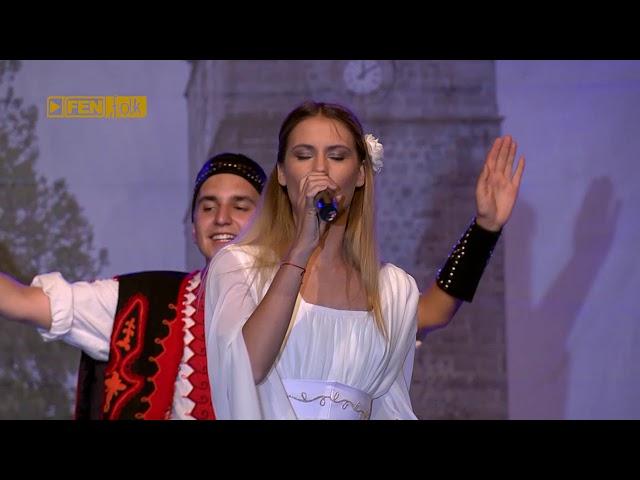 ИВА И ВЕЛИСЛАВА КОСТАДИНОВИ - Софка на татко (live) / IVA & VELISLAVA KOSTADINOVI - Sofka na tatko