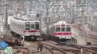 東武曳舟で行きかう電車