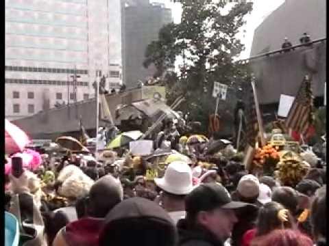 Bobby Hebert Dress Parade 1 - Pre-Parade