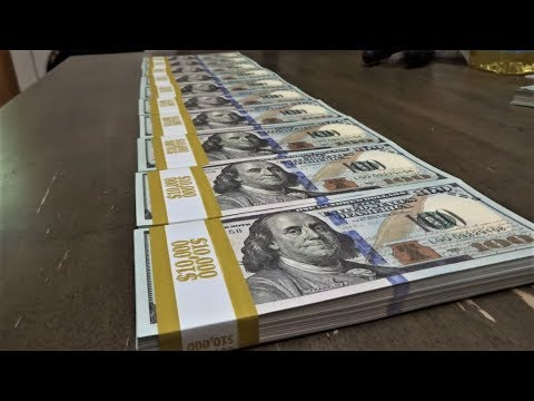 This Is What $100,000 In Cash Looks Like!!!