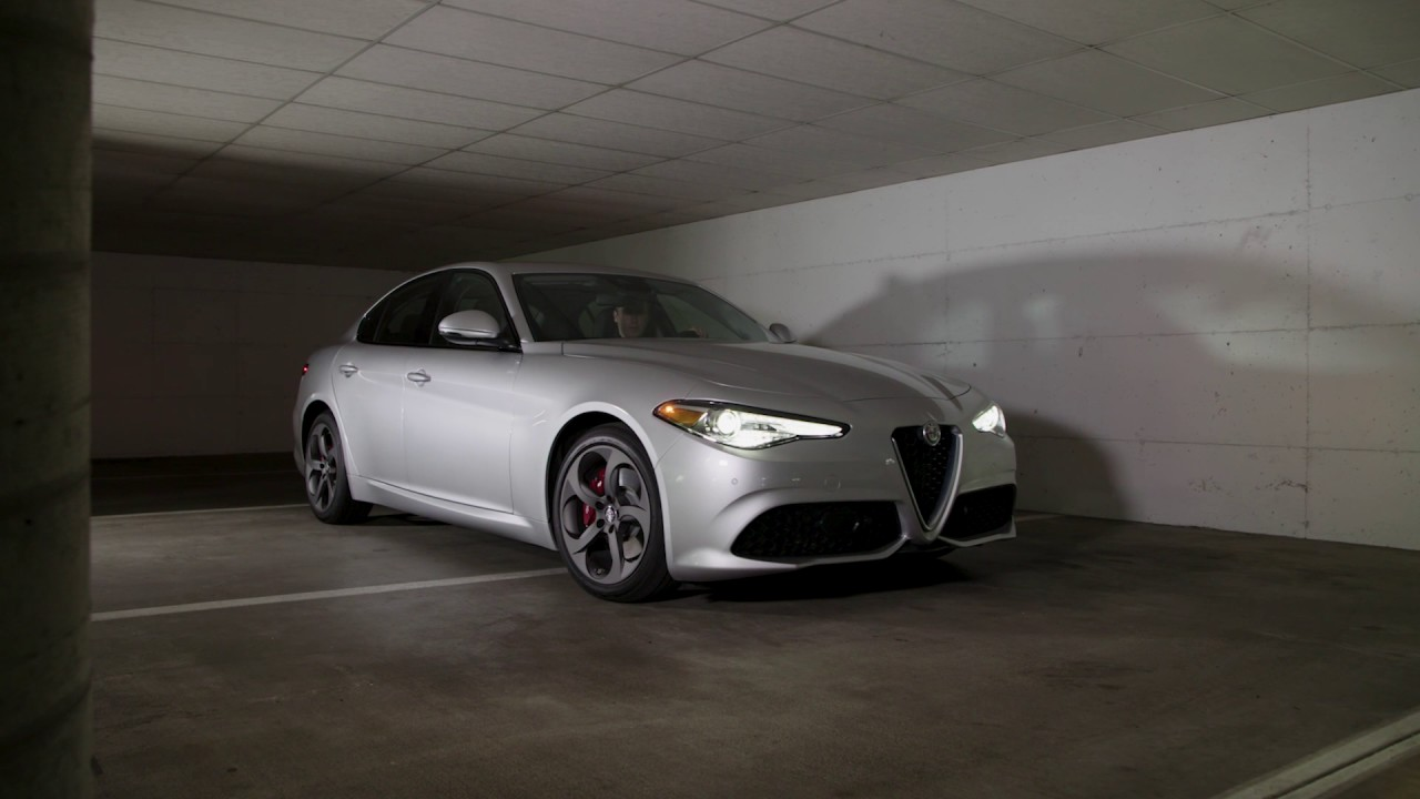 2017 alfa romeo giulia ti lusso awd review autonation. Black Bedroom Furniture Sets. Home Design Ideas