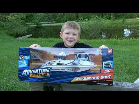 RC ADVENTURE FORCE WAKEBOARD BOAT