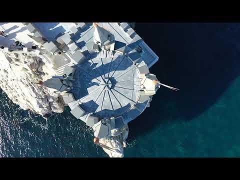 travelcrimea: Пролетая над Ласточкиным гнездом: символ Крыма на видео