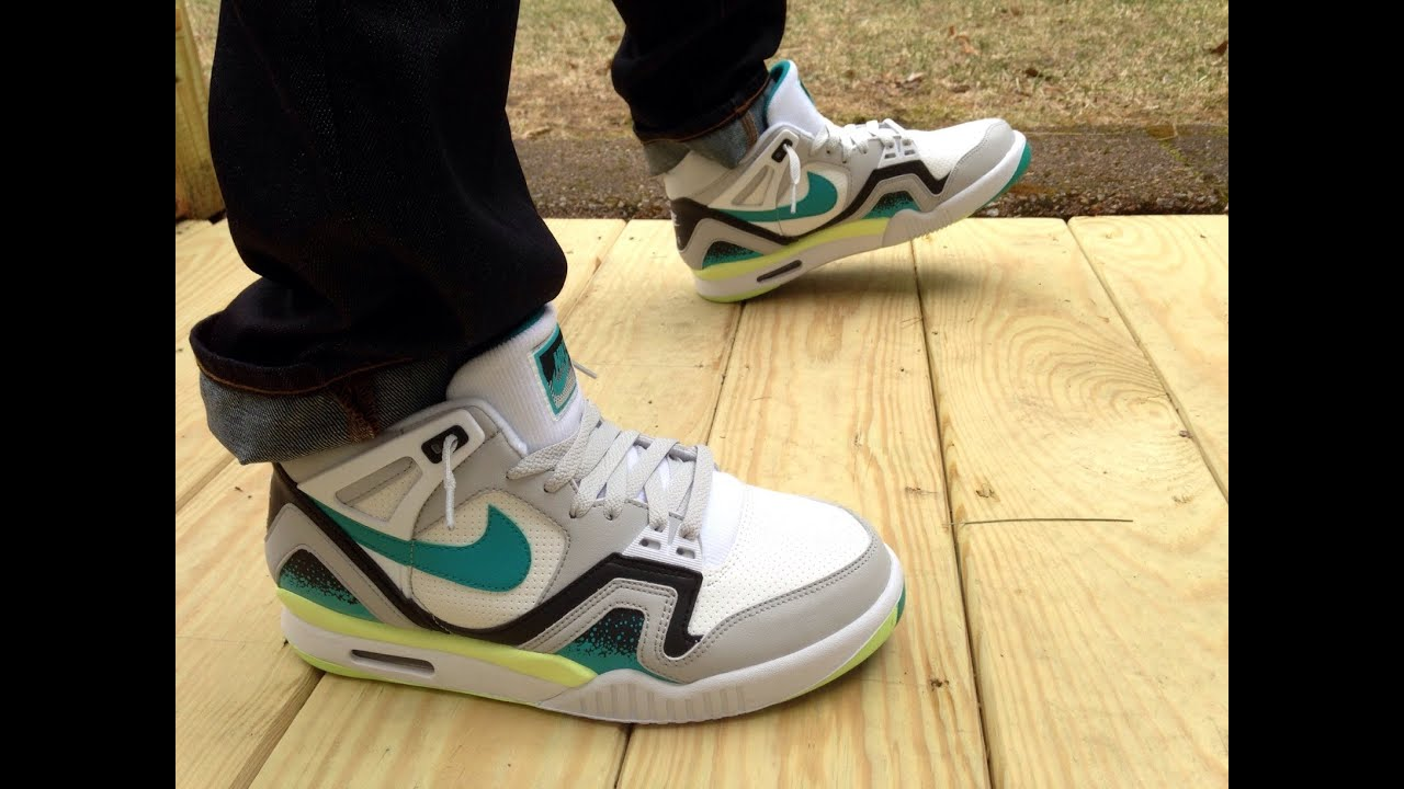 Air Tech Challenge II Turbo Green Review   On Feet - YouTube 7aff72dffba4