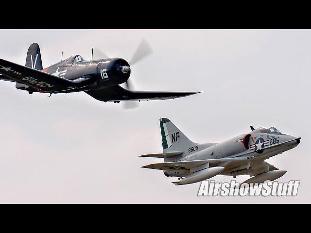 A-4 Skyhawk/F4U Corsair Legacy Formation - Northern Illinois Airshow 2021