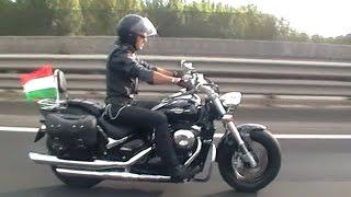 SUZUKI VZ800 INTRUDER (M800) Black Rider on the bridge
