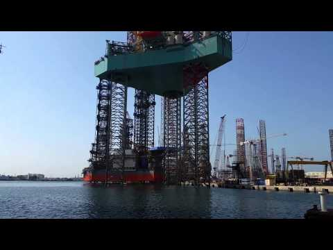 Super 116E jack up Rig - jacking trial