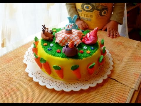 Торт Смешарики - работа с сахарной мастикой