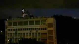 石圍角邨閃電
