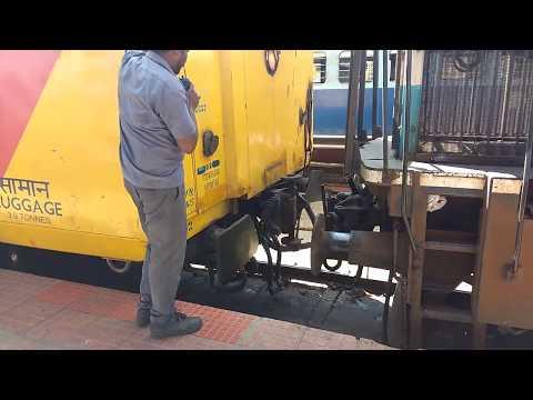 [IRCFA] Coupling  SHATABDI EXPRESS  mysore - chennai engine to coach| INDIAN RAILWAYS