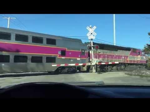04.01.15 . Outbound MBTA Commuter Rail Train - Chelsea, MA
