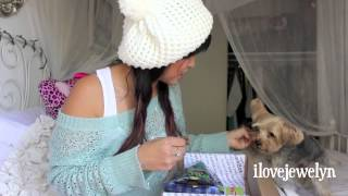 Ebi's September 2013 barkbox unboxing Thumbnail