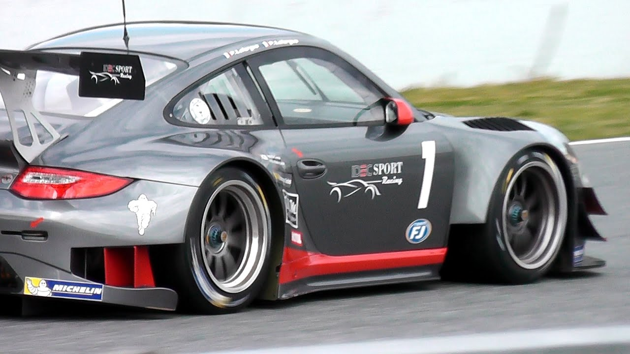 Porsche 911 GT3-R Race car - BRUTAL PORSCHE SOUND! - YouTube