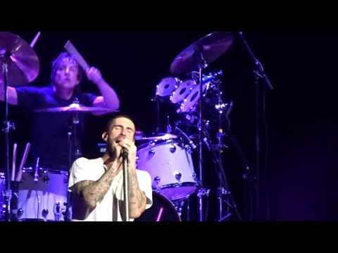Maroon 5 - Sunday Morning / Makes Me Wonder – Sydney 29 September 2015
