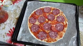 Пицца колбасная от ПАПЫ/Из самых дешевых продуктов