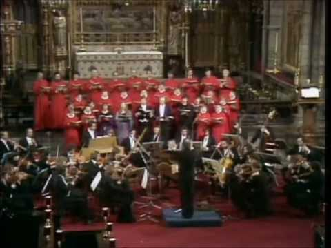 HANDEL   MESSIAH   Halleluja  Chorus  CHRISTOPHER HOGWOOD  Westminster Abbey 1982