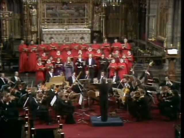 HANDEL   MESSIAH   Halleluja  Chorus  CHRISTOPHER HOGWOOD  Westminster Abbey 1982