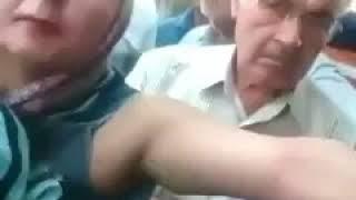 فيديو.. قوات نظام خامنئي يعتدون على متظاهرة ويمزوق ملابسها