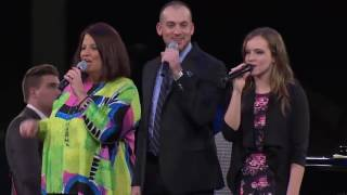 "Karen Peck and New River ""Four Days Late"" at NQC 2015"