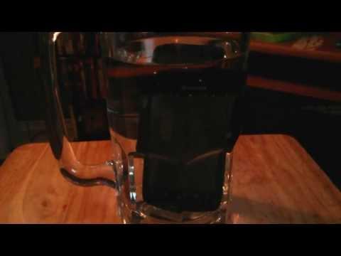 kyocera-hyrdo-water-dunk-test-(boost-mobile)