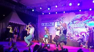 Cherrybelle-Pura Pura Cinta at Top100 Batam (7 Sept 2014)